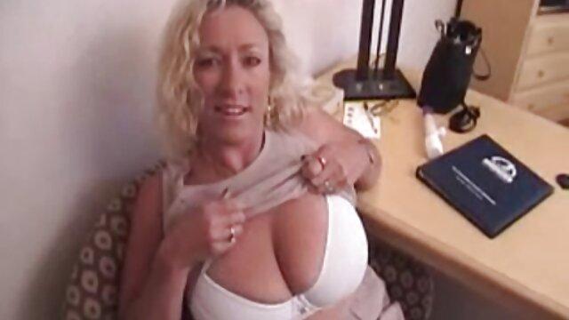 Sexy videos de triple penetracion gratis amateur pareja interracial en webcam